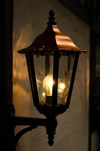 lantern-550338_640
